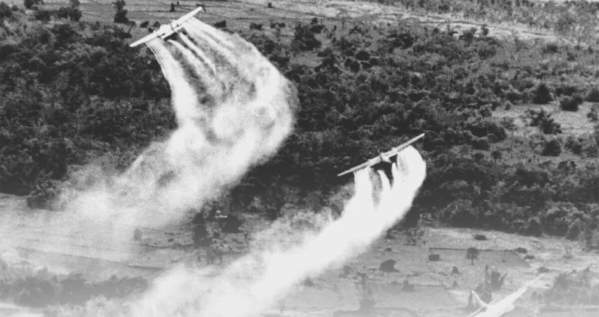 U.S. Vets Join Vietnamese Agent Orange Victims
